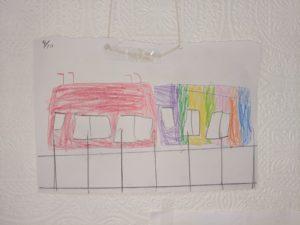 カラフルな電車の絵